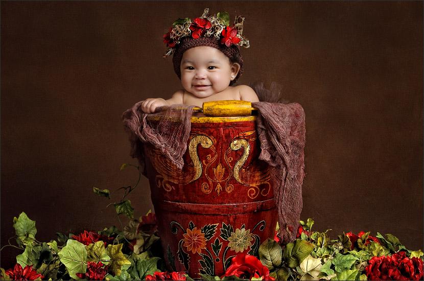 Baby and Child Photographer Brenda Read - Flower Child